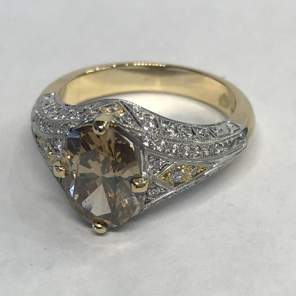 Cognac Diamond & Filigree white diamond set Ring with yellow gold inlays shoulder view
